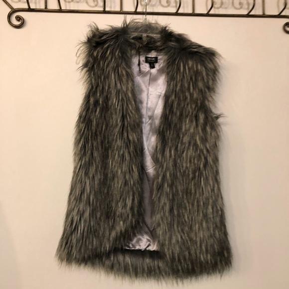 Nicole by Nicole Miller Jackets & Blazers - Nicole Faux Fur Vest